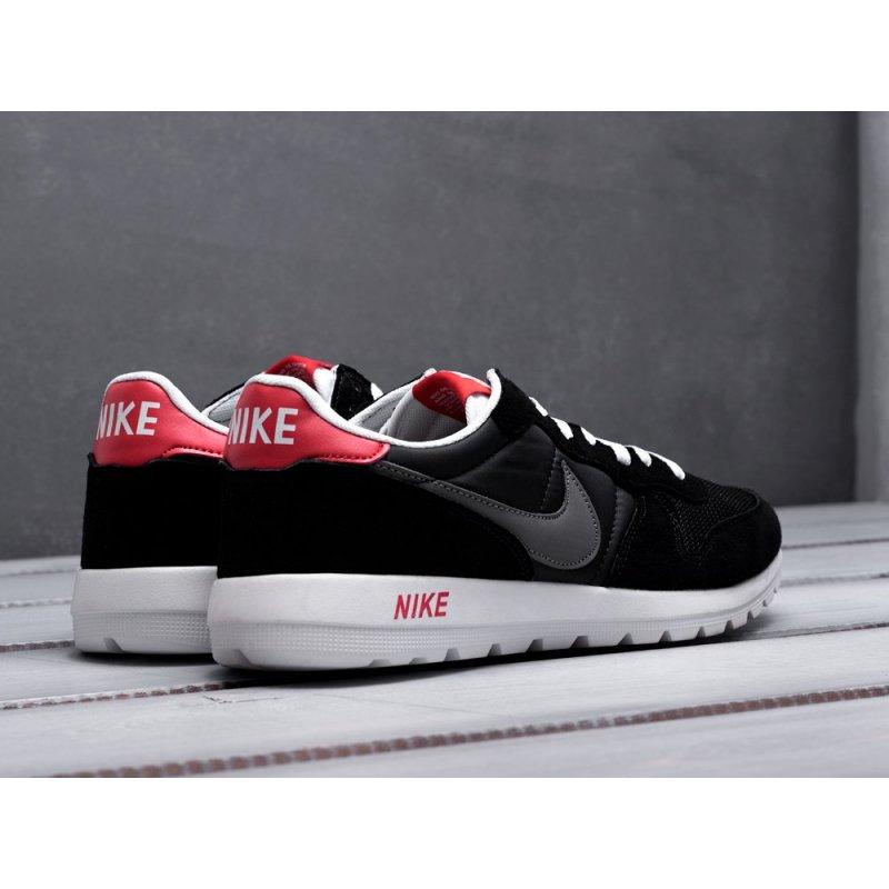 Кроссовки Nike Internationalist