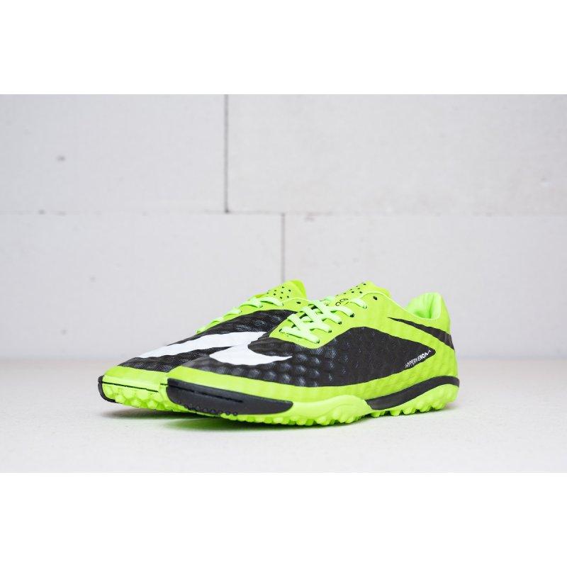 Футбольная обувь Nike HyperVenom Phantom TF