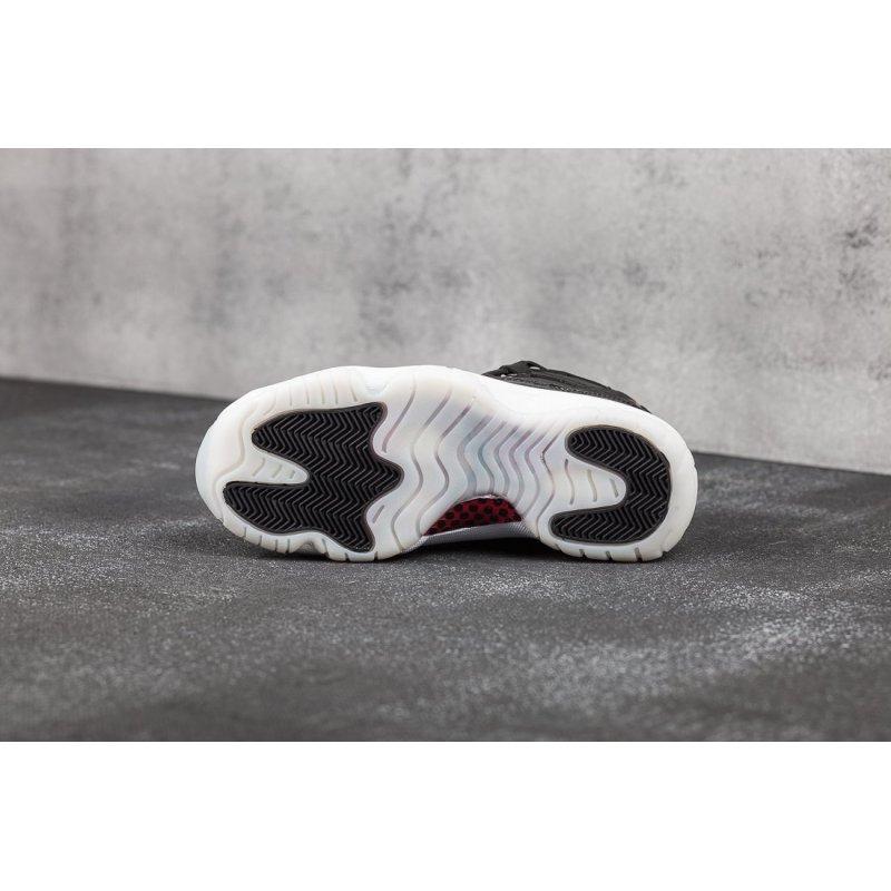 Кроссовки Nike Air Jordan 11