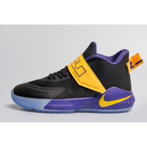 Кроссовки Nike LeBron Ambassador XII