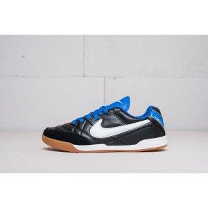 Футбольная обувь Nike Tie...